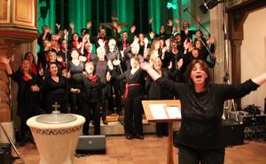 Der Chor forderte zum Mitmachen auf...