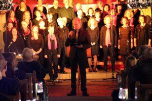 Pfarrer Häberle begrüßte die Konzertbesucher in der Mauritiuskirche